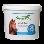 StiefelMineral: minéraux, vitamines et oligoéléments en complément de la ration alimentaire quotidienne.